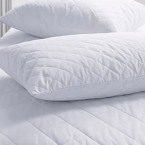 Sleep&Beyond Egyptian Cotton Quilted Pillow Protectors