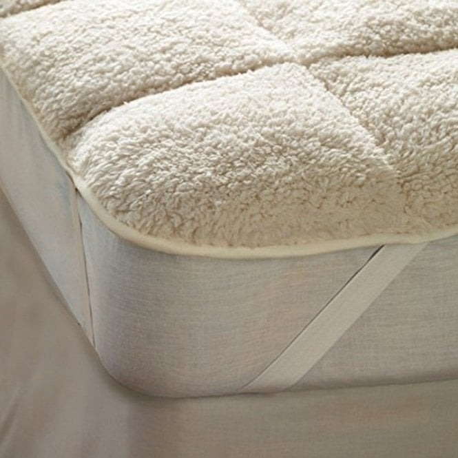 Sleep&Beyond Sherpa Fleece Mattress Toppers (Reversible)